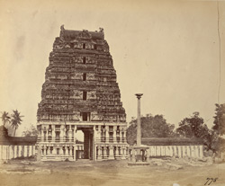 Gopura and stambha of the Kailasanatha Temple, Taramangalam 2700